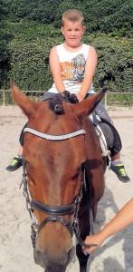 Adrian & Pferd 4