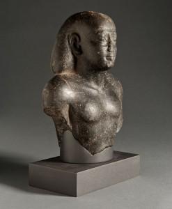 Statue des Hori